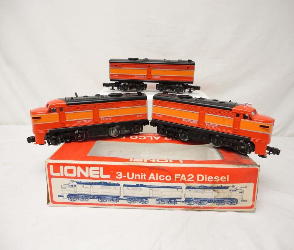 3: ABT: Lionel #8552 Southern Pacific Daylight Alco ABA