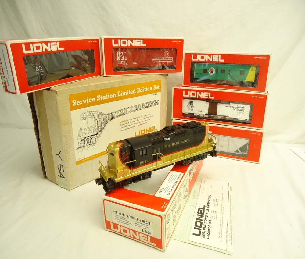 5: ABT: Mint Lionel #1672 Northern Pacific GP SSS Freig