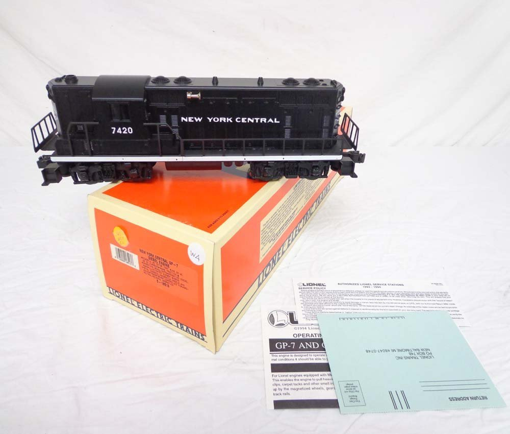 11: ABT: Mint Lionel #18518 New York Central (7420) GP-