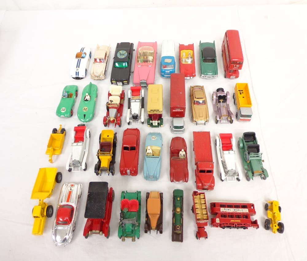 277: ABT: 35 Assorted Corgi/Matchbox/Dinky Vehicles inc