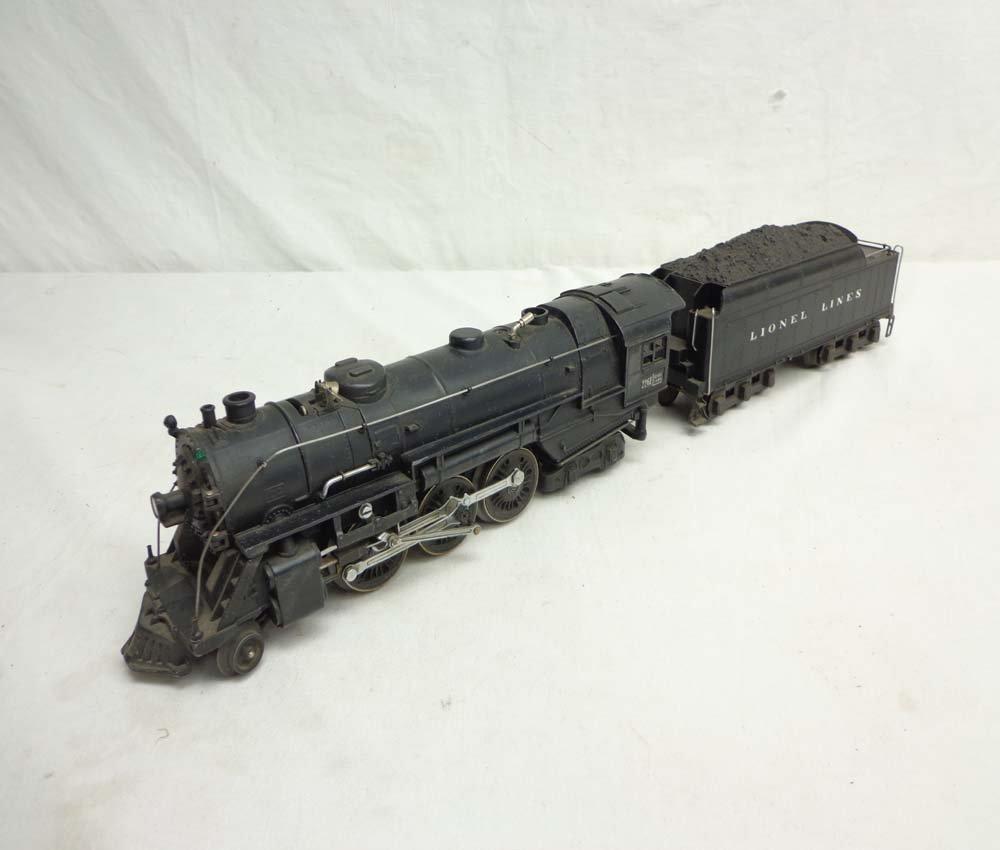 10: ABT: Lionel #226E/2226W Steam Engine & Tender (R)