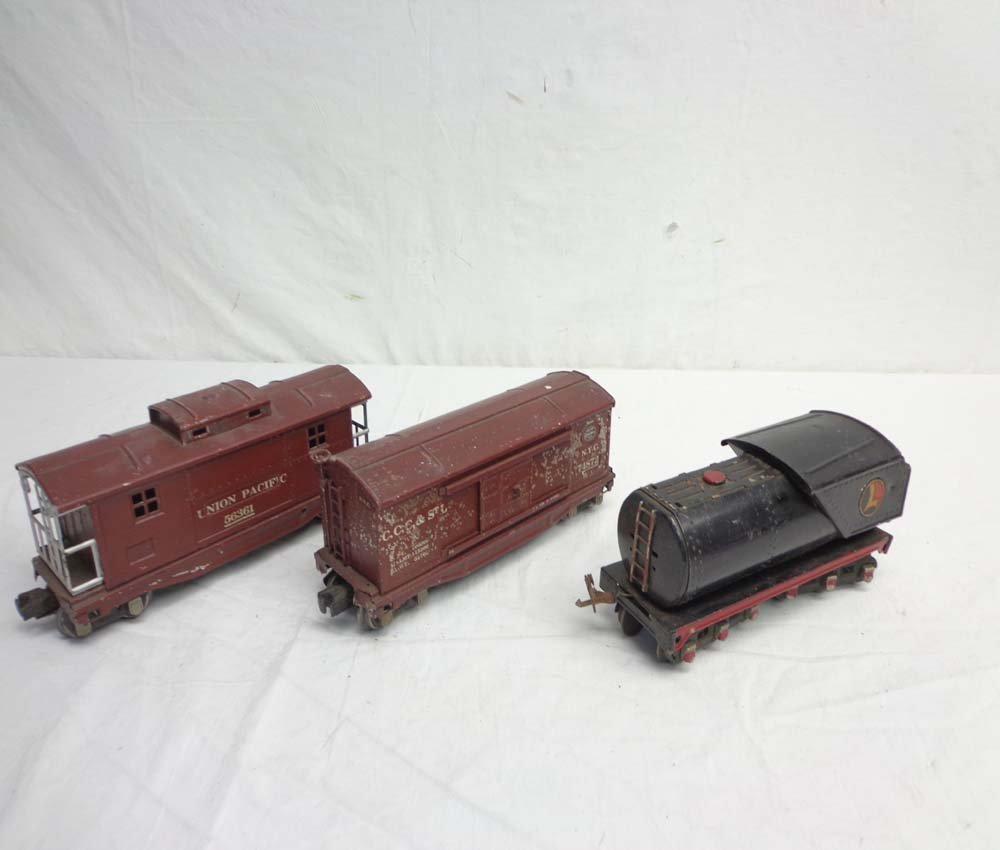 ABT: 3 Lionel Assorted Train Items (R)