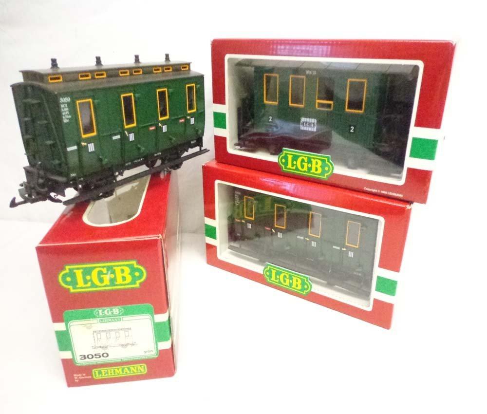 ABT: LGB G Scale: #3106/3050/3050 Passenger Cars/OBs