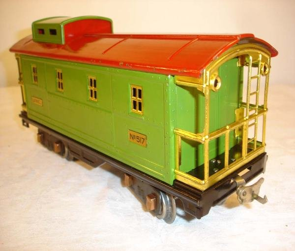 21: ABT: Nice Lionel #517 Pea Green/Red Caboose