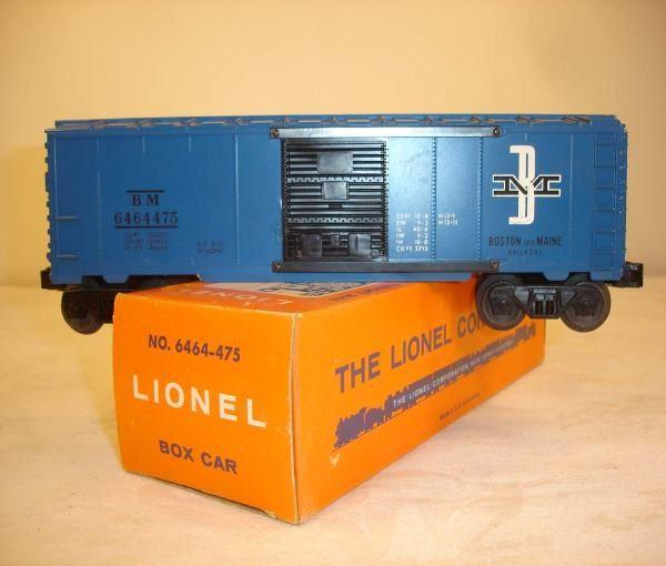 ABT: Mint Lionel #6464-475 Purple B&M Box Car/Pain