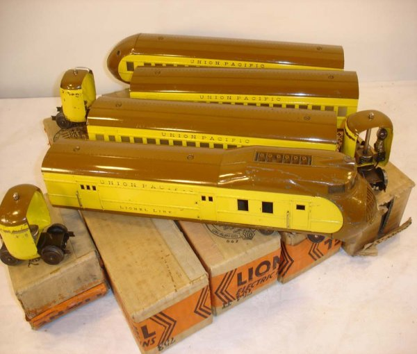 2: ABT: Lionel #752E Yellow/Brown City of Portland/OBs