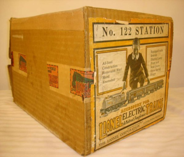 293: ABT: Great Uncut Label Box for Lionel #122 Station