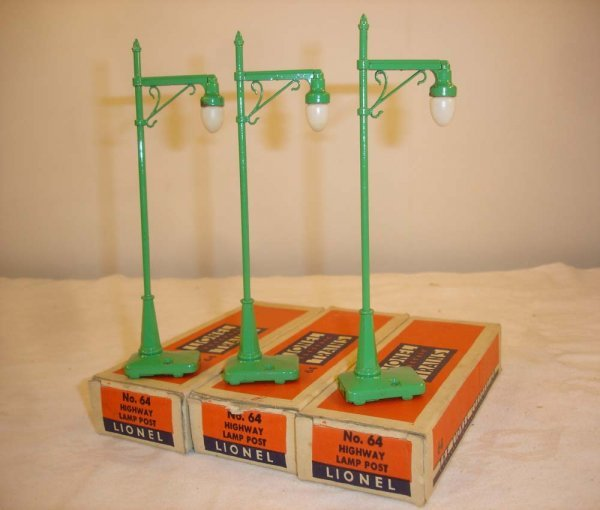 296: ABT: 3 Great Lionel #64 Highway Lamps/Great OBs