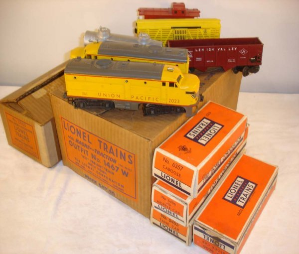355: ABT: Great Lionel 1950 #1467W Union Pacific Freigh
