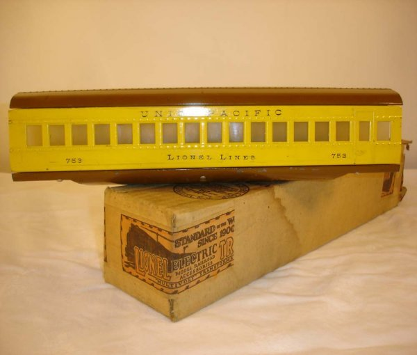 2: ABT: Lionel #753 Two-Tone Yellow UP Coach/OB