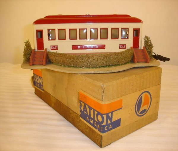 7: ABT: Outstanding Lionel #442 Illuminated Diner/OB