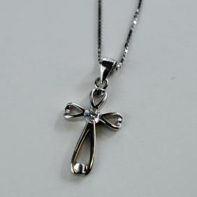 cross pendant with box chain necklace