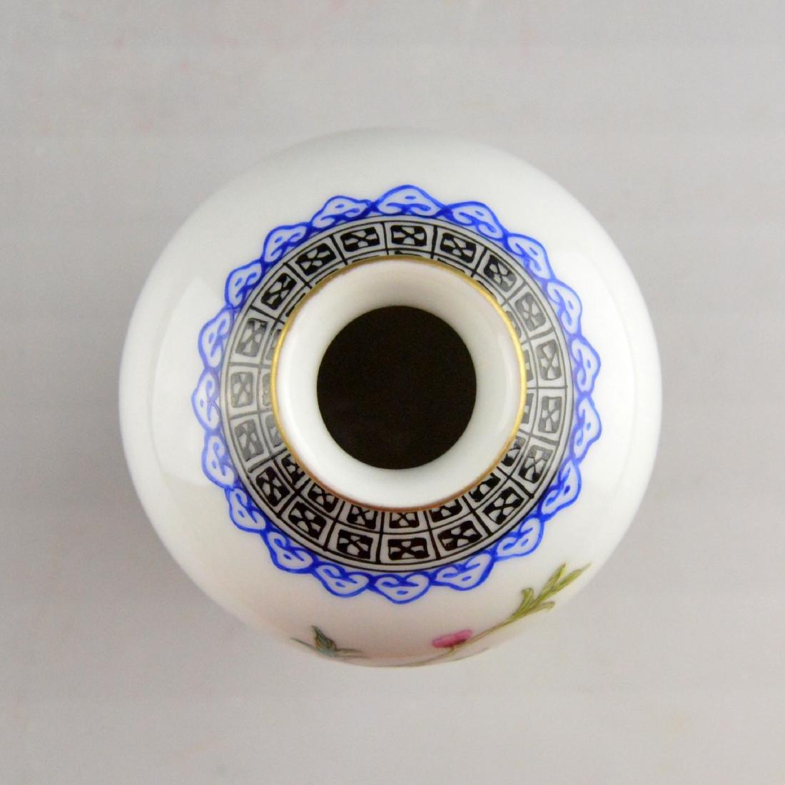 Famille Floral Bird Porcelain Bottle - 3