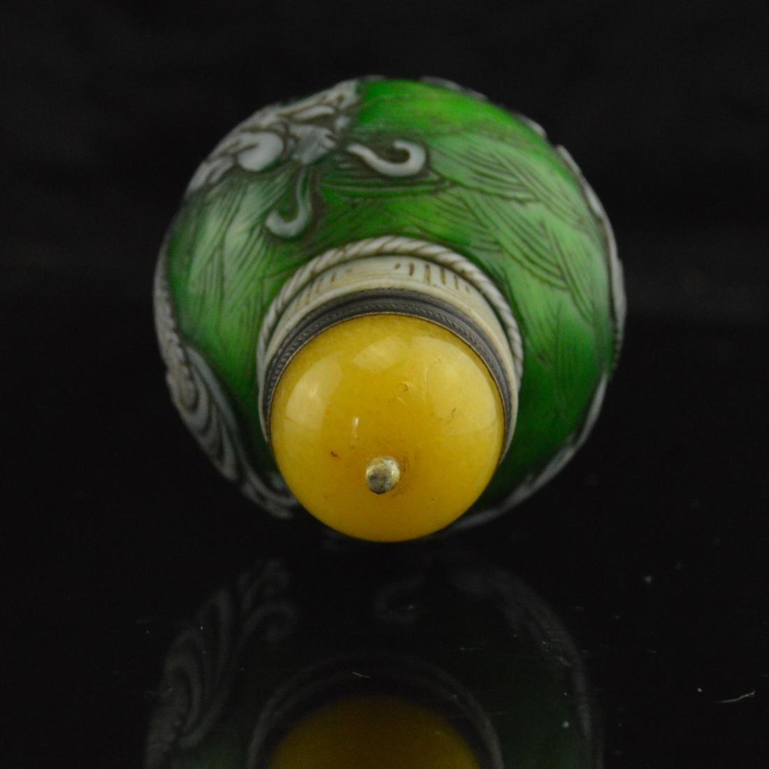 Liuli Carved Snuff Bottle - 5