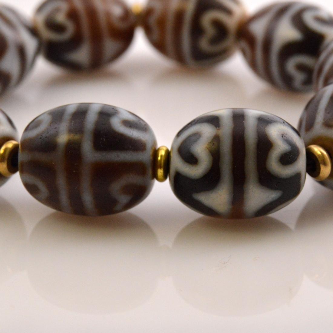 Lotus Dzi Bead Bracelet - 3