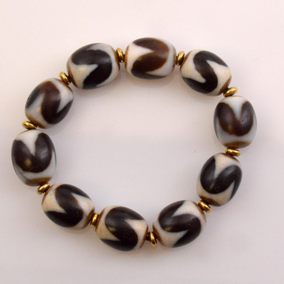 Tiger Tooth Dzi Bead Bracelet