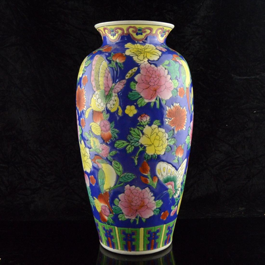 Fencai Porcelain Floral Vase - 3