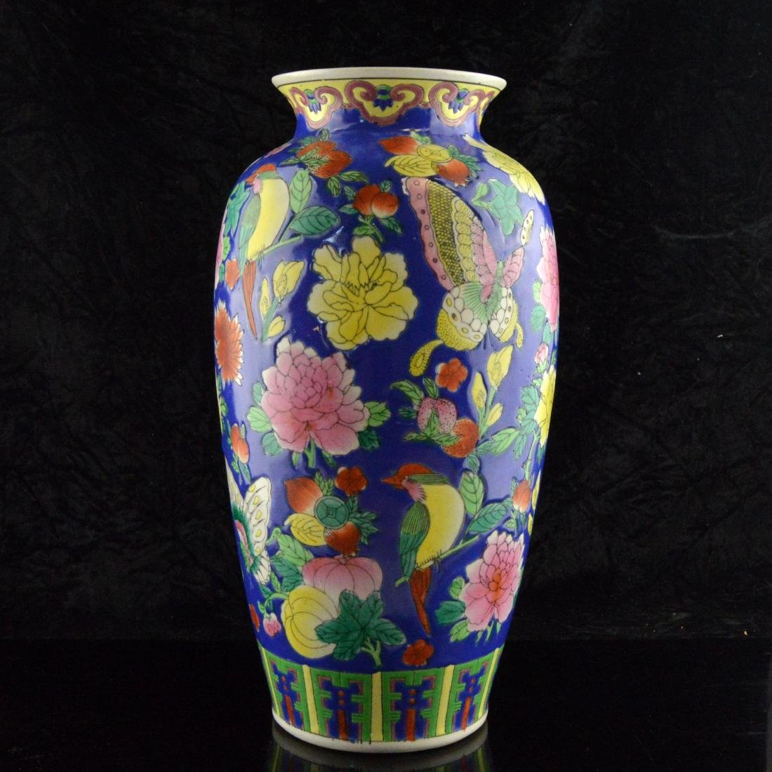 Fencai Porcelain Floral Vase - 5