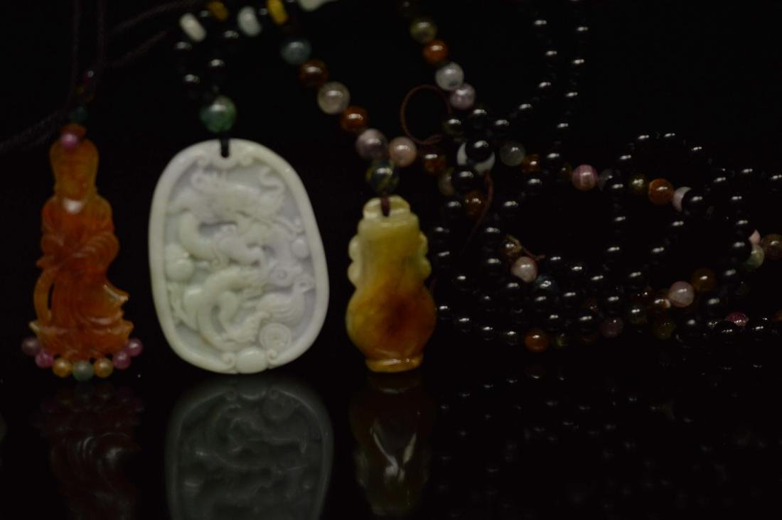 five jadeite pendant - 4