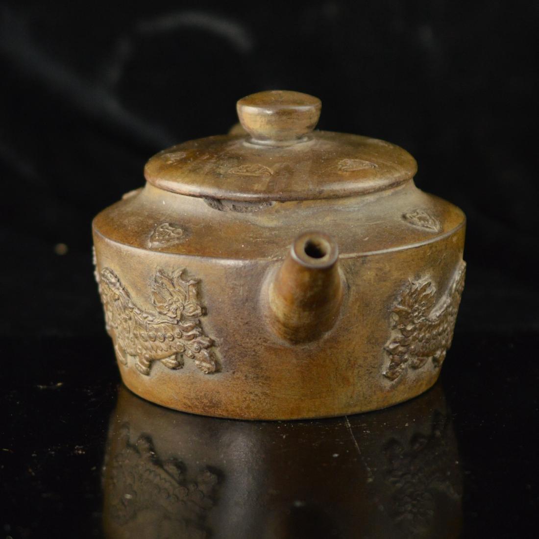Quan long style Zisha teapot - 2