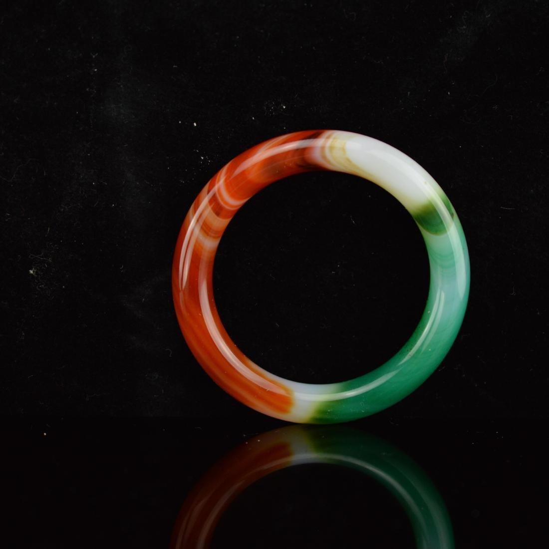 Tricolor agate bangle