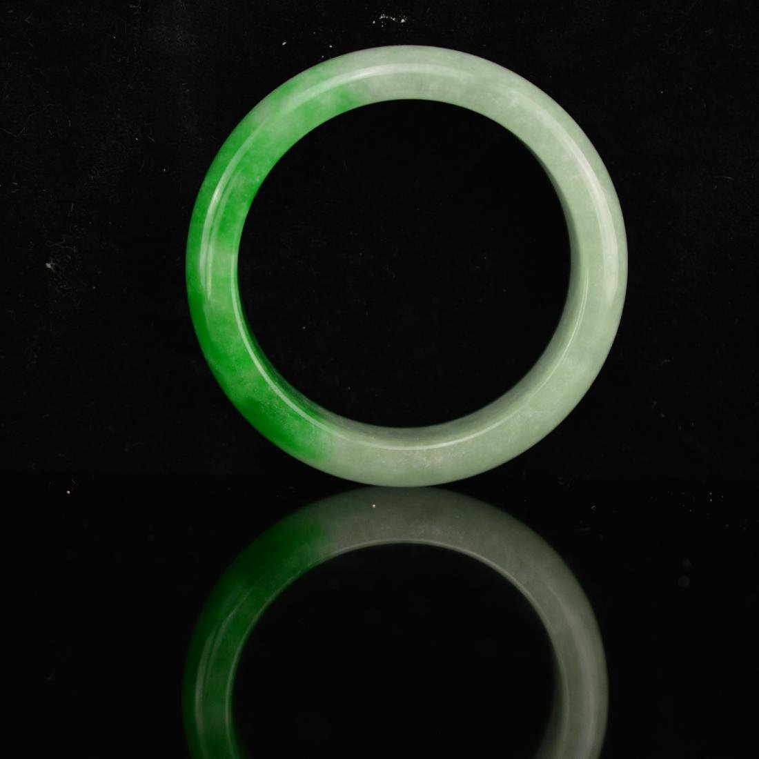 Spring style jadeite bangle