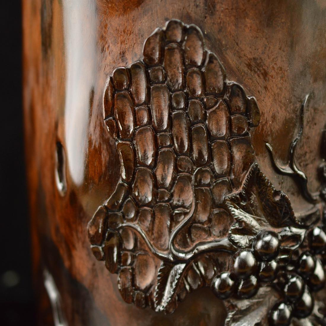 Late Qing style Zitan brush holder - 7