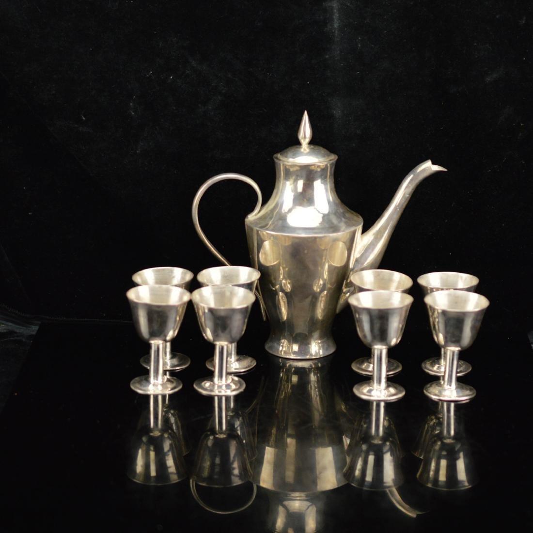 Set of silverware