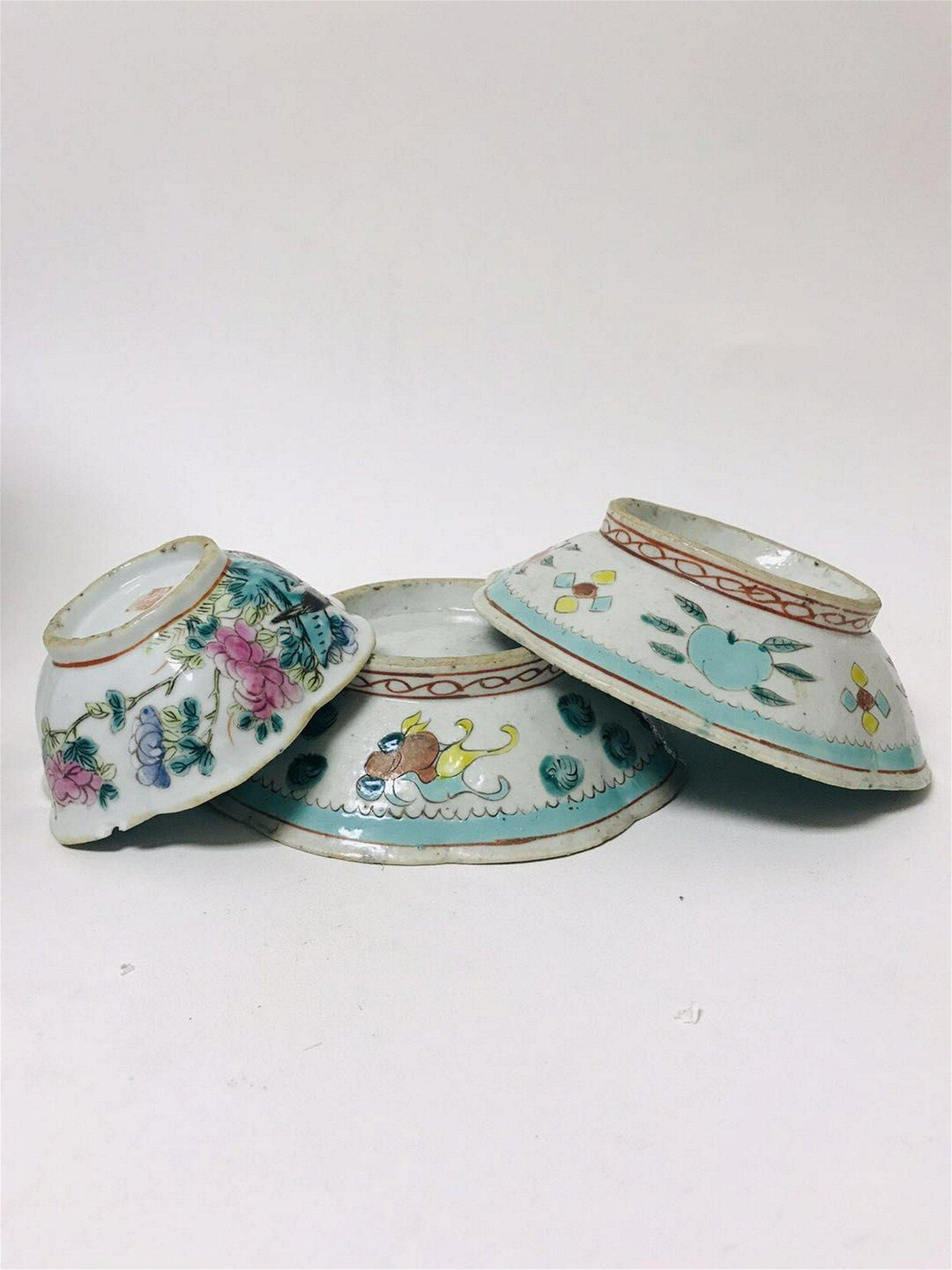 Three Late Qing Porcelain Bowl
