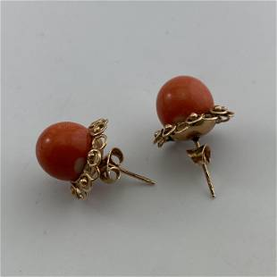 A Pair of 14K Gold Sphere Shaped Coral Ear Stud