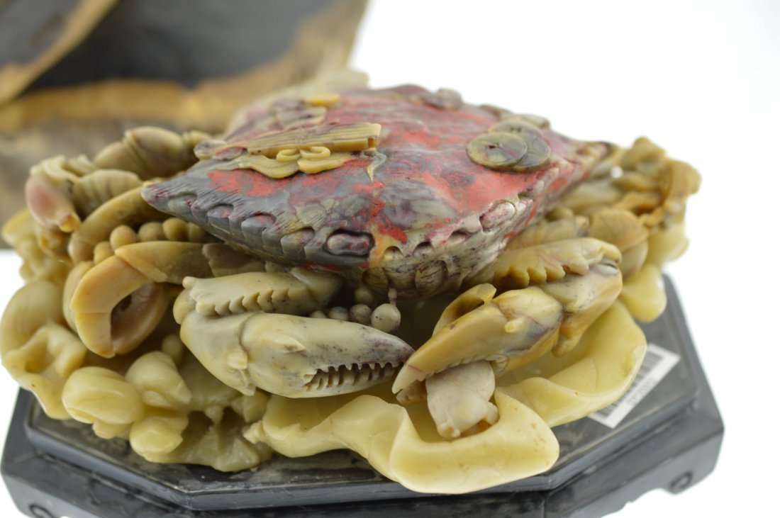 Shoushan Stone Carved Crab Statue