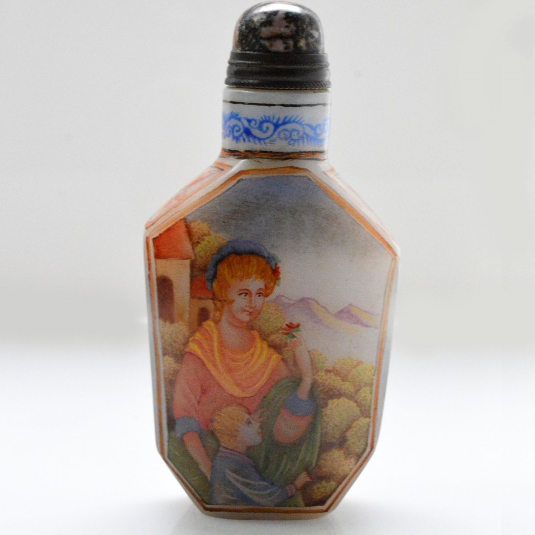 Marked Liuli Figure Snuff Bottle - 4