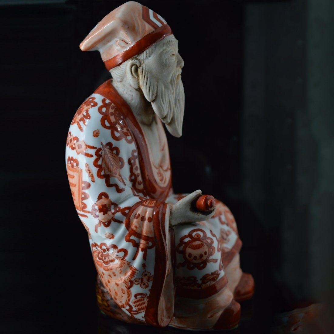 Red Glazed Japanese Porcelain Figure Ornament - 2
