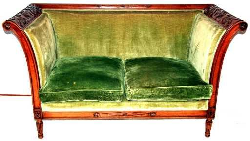 divano due posti in stile Luigi XVI
