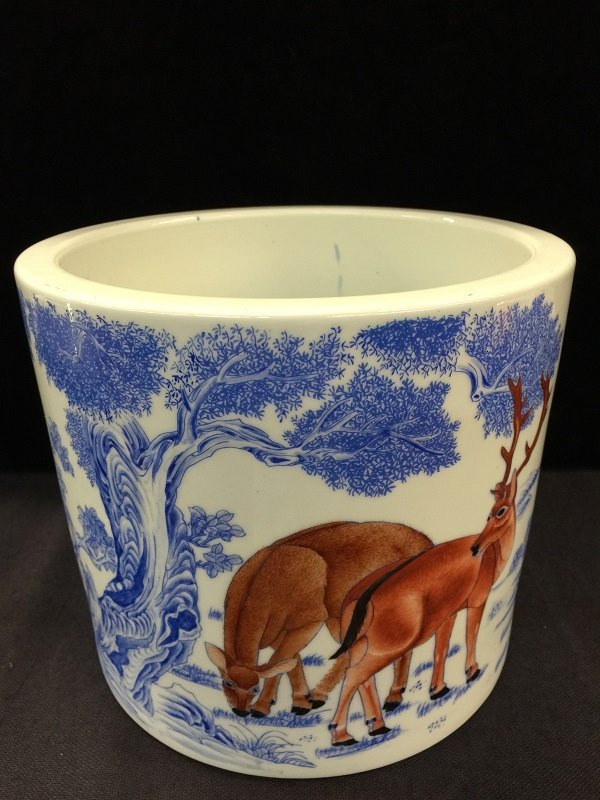 Blue&White Porcelain Brush Pot With Deers