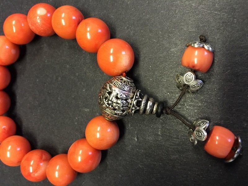 A Fine Beautiful Coral Beads Bracelet - 2