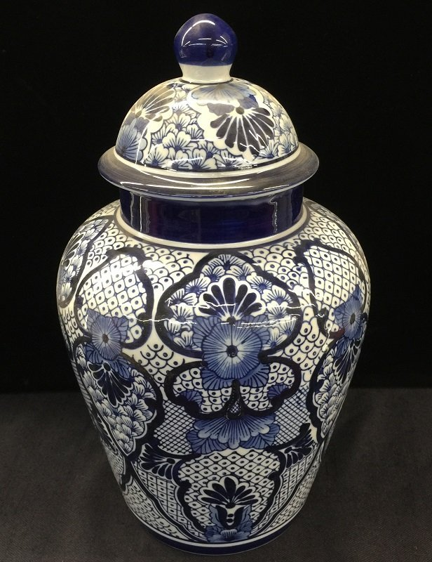 Blue&White Lidded Porcelain Ginger Jar