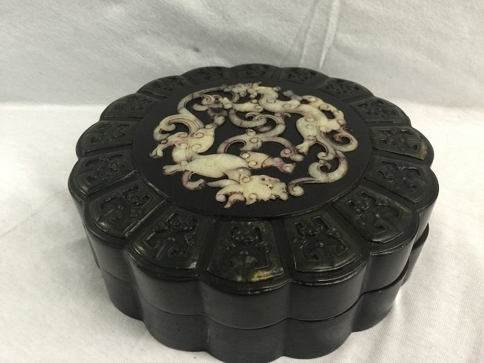 Qing Zitan Box Inlaid Spinach And White Jades On Cover
