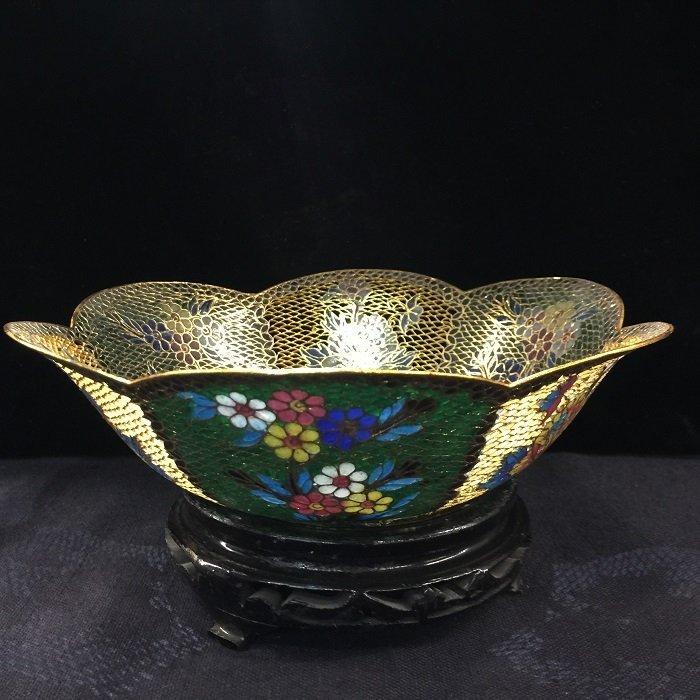 A Finely Antique Hollow-Out Cloisonné Bowl With