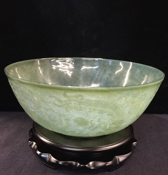 Qing Qianlong Spinach Jade Bowl With Carved Flying