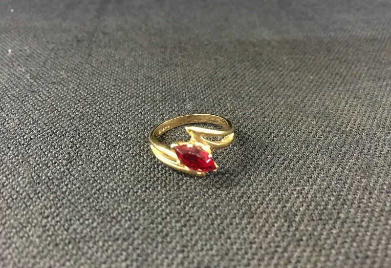 A Nicely Red Diamond With 18K Gold Ring