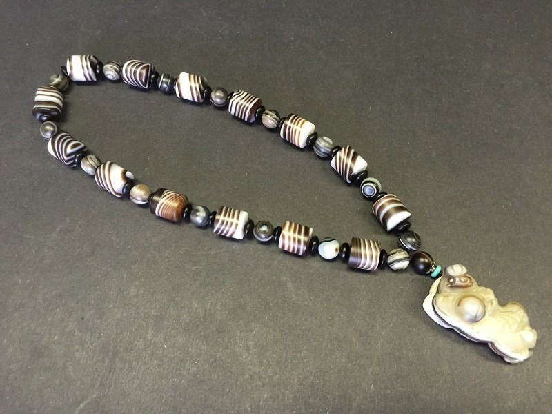 Beautiful Cylindrical Shape Agate Beads Nacklace