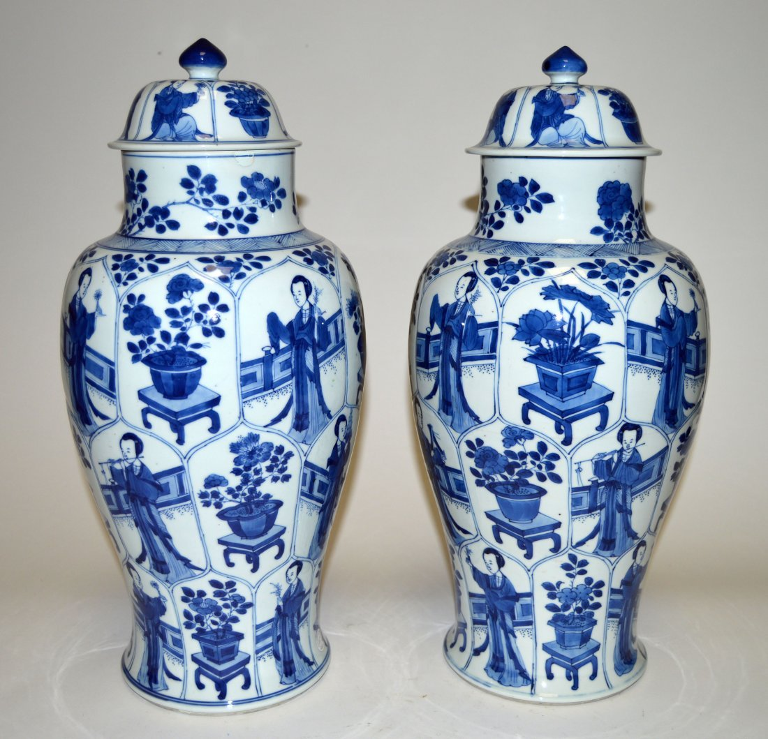 A PAIR OF LARGE BLUE AND WHITE BALUSTER VASES AND COVER