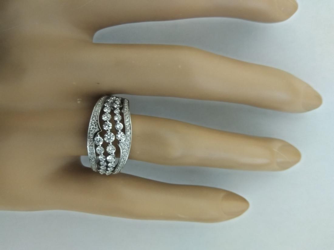 1.00 Carat Diamond 18K White Gold Ring - 5