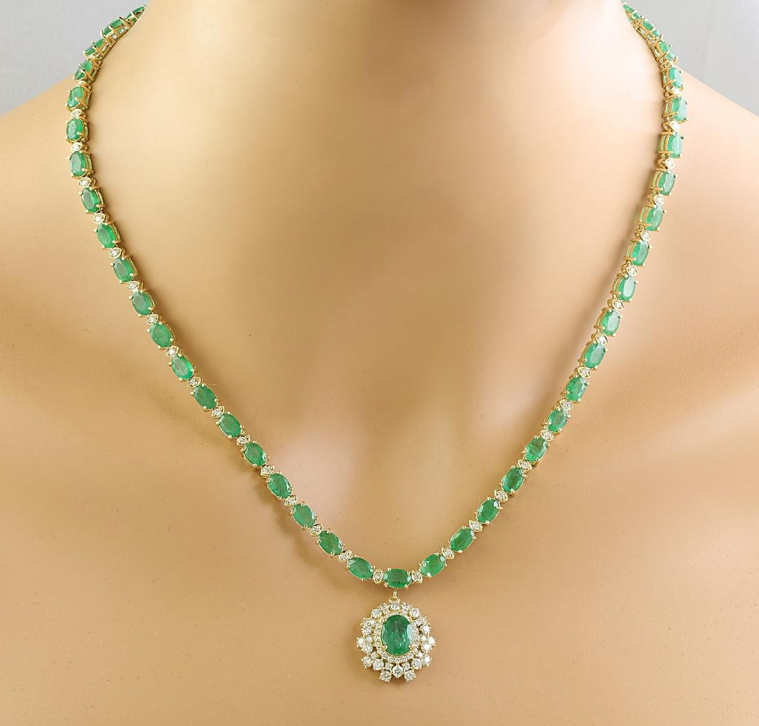 30.90 Carat Emerald 14K Yellow Gold Diamond Necklace - 3