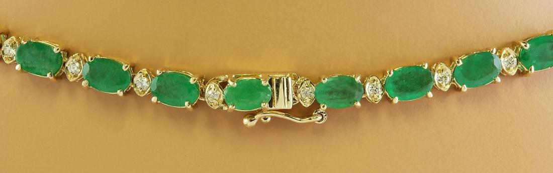 30.90 Carat Emerald 14K Yellow Gold Diamond Necklace - 4