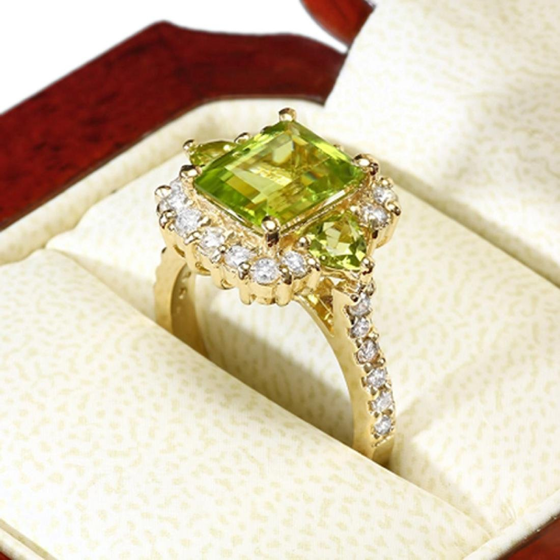 3.10 Carat Natural Peridot 18K Solid Yellow Gold - 2