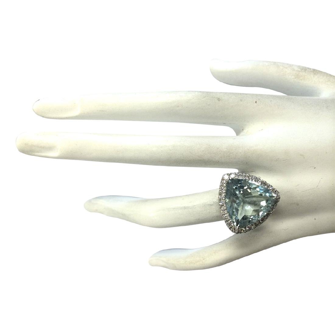 10.26CTW Natural Aquamarine And Diamond Ring In 18K - 4