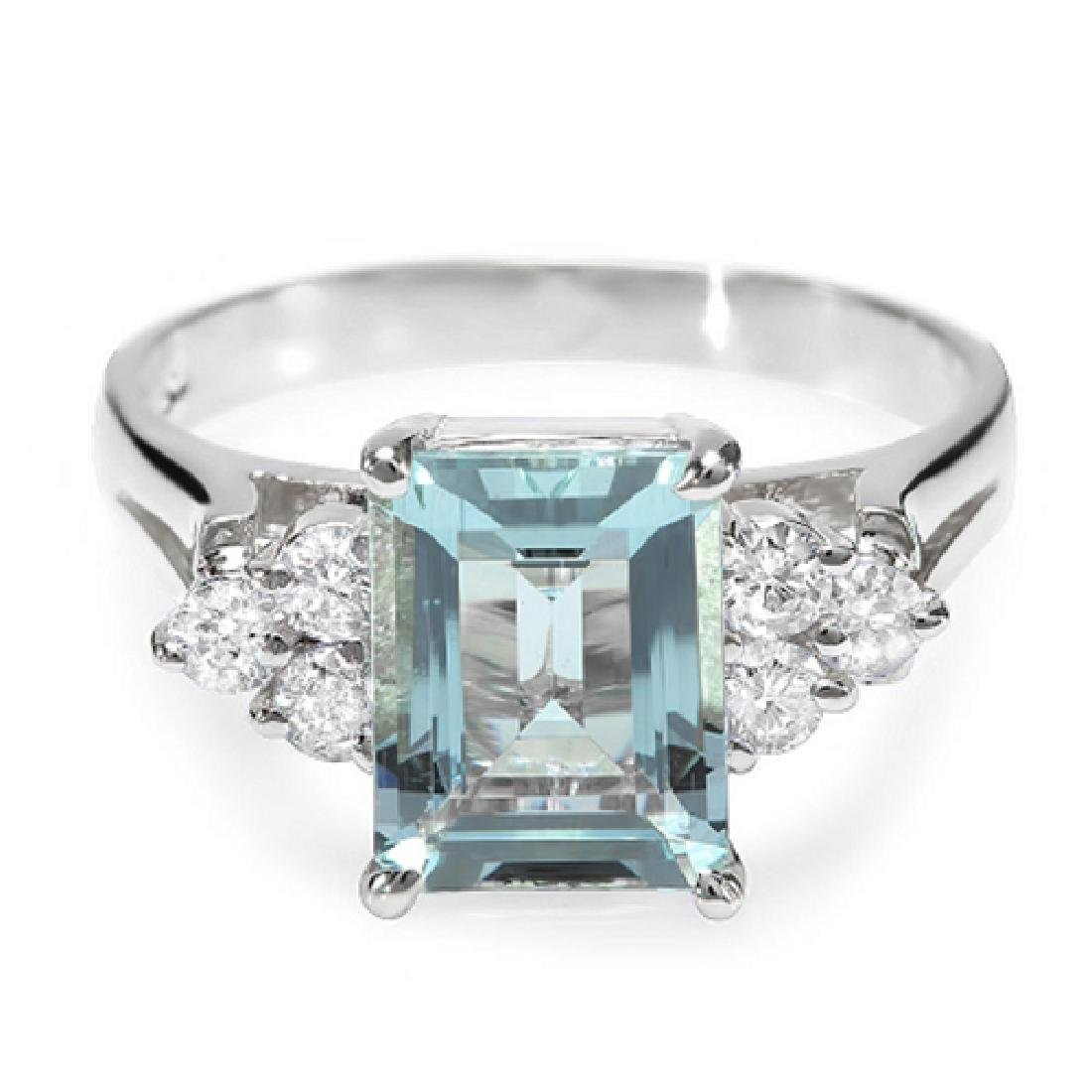 2.30 Carat Natural Aquamarine 18K Solid White Gold