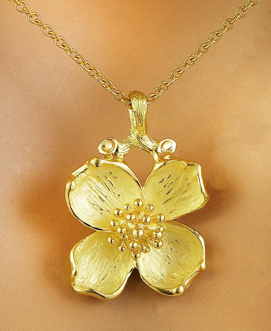 Authentic Tiffany&Co 18K Yellow Gold Flower Necklace